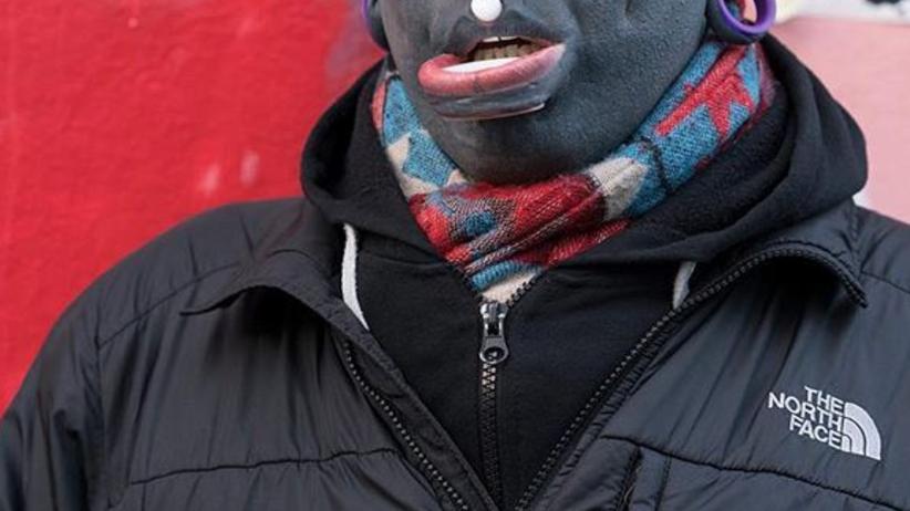 Brytyjczyk pokrył całe ciało czarnym tatuażem. Inspiruje go Picasso [GALERIA]