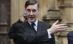 Wielka Brytania. Lider eurosceptyków w Partii Konserwatywnej apeluje o dymisję May