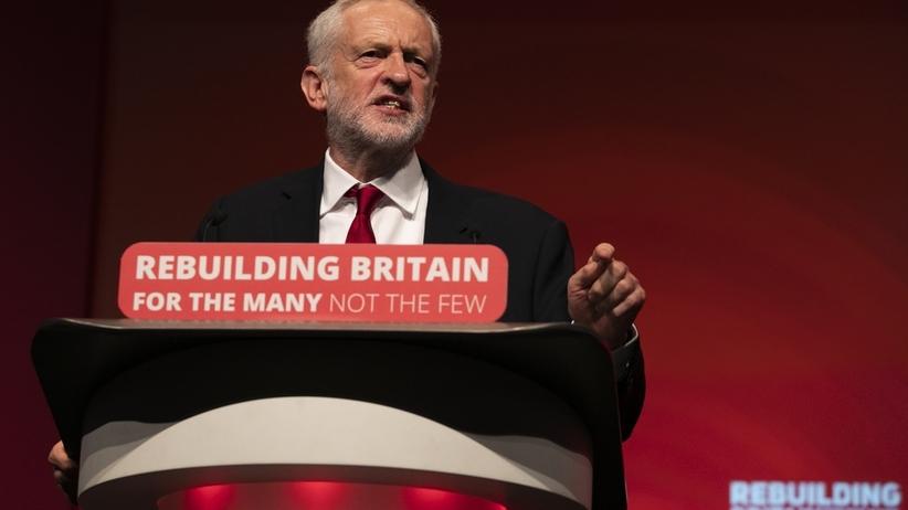 """Lider brytyjskiej opozycji Jeremy Corbyn wzywa do przedterminowych wyborów. """"Rząd stracił mandat!"""""""