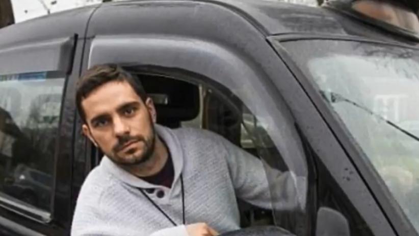 Taksówkarz ratował ludzi przed terrorystami. Dostał mandat za... przejazd na czerwonym
