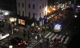 Panika na ulicach Londynu. Taksówka wjechała w przechodniów
