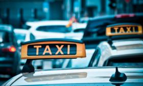 Taksówkarz zgwałcił 17-letnią pasażerkę. Nie miała pieniędzy na kurs