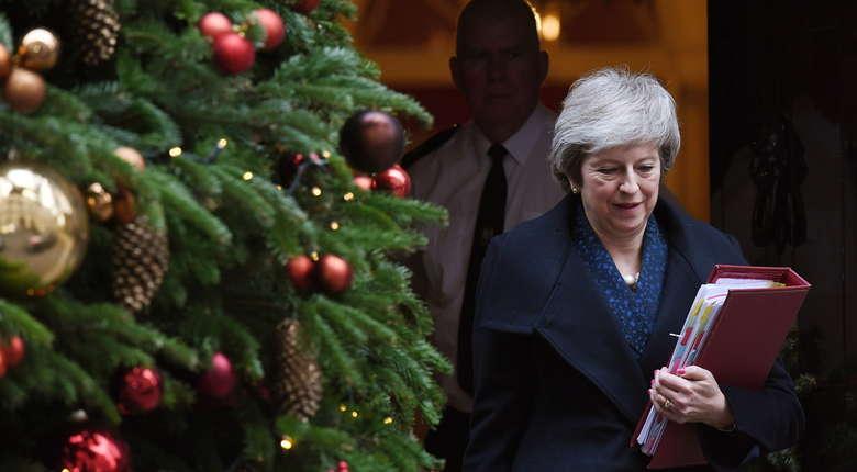 Theresa May zachowała stanowisko liderki Partii Konserwatywnej