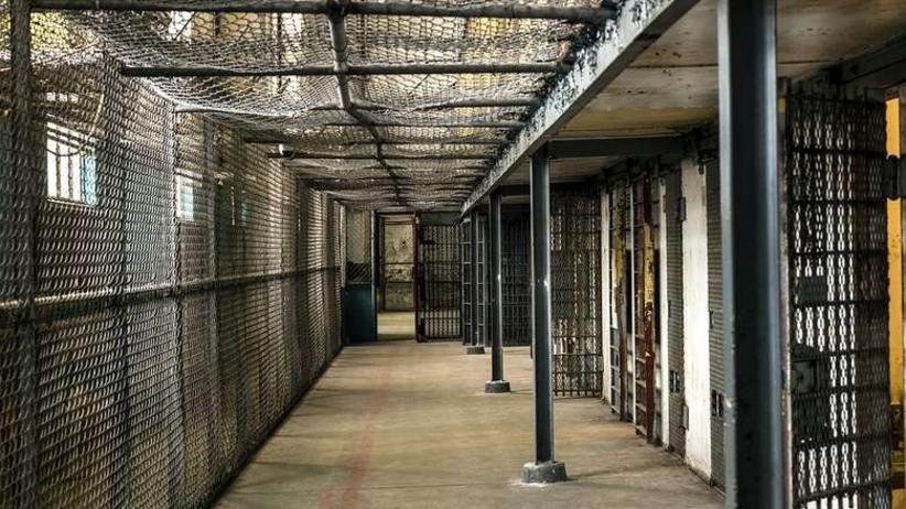 Ponad setka osadzonych uciekła z więzienia