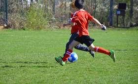 Włochy: Rekordowa kara za grę dzieci w piłkę