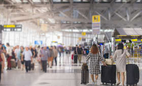Włochy: strajk pracowników na lotniskach. Wiele lotów odwołanych