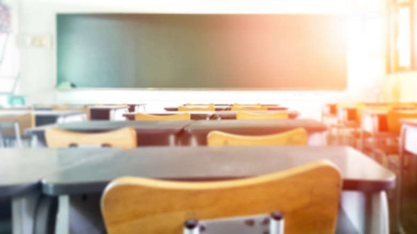 2 tys. euro za zapisanie dziecka do szkoły. ''Najwyższy poziom edukacji''