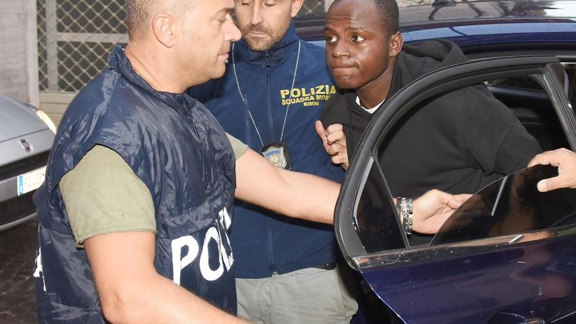 Marokańczycy i uchodźca z Konga. Co wiemy o gwałcicielach z Rimini? [ZDJĘCIA]