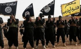 """Ostrzegają Polaków przed atakiem ISIS. """"Zachowanie szczególnej ostrożności"""""""