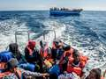 Włochy: spada liczba imigrantów docierających przez Morze Śródziemne