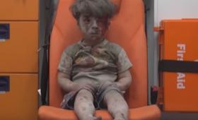 Jego zdjęcie obiegło cały świat. Tak wygląda słynny ''chłopiec z Aleppo'' [FOTO]