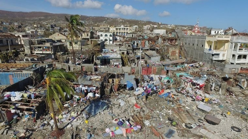 Wolontariusze na Haiti zamiast pomagać, wynajęli willę na orgię z prostytutkami