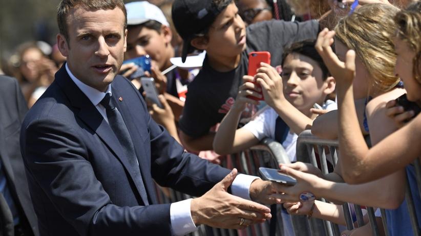 We Francji bez niespodzianek. Miażdżąca przewaga Macrona, Le Pen narzeka na frekwencję