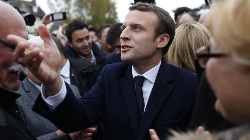 Emmanuel Macron wygrywa pierwszą turę wyborów prezydenckich we Francji