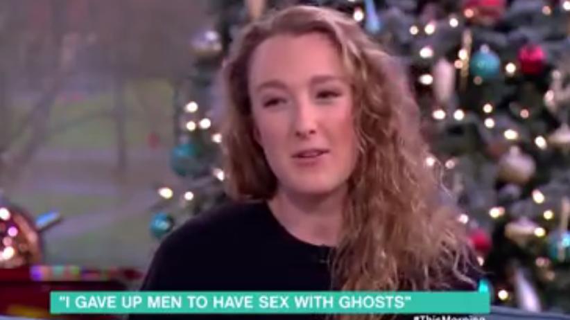Wyznała, że jest w związku z duchem. Teraz chce mieć z nim dziecko