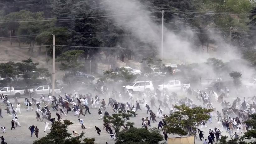 Zamach bombowy na pogrzebie. Nie żyje 20 osób