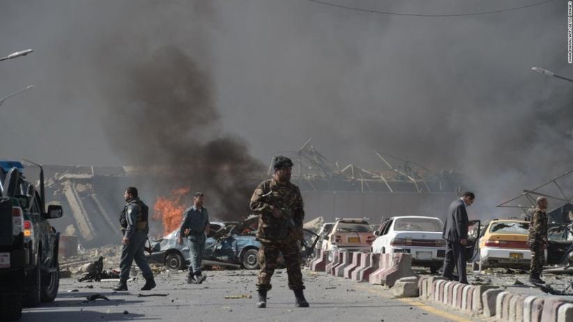 Zamach samobójczy w centrum miasta. Nie żyje 9 osób