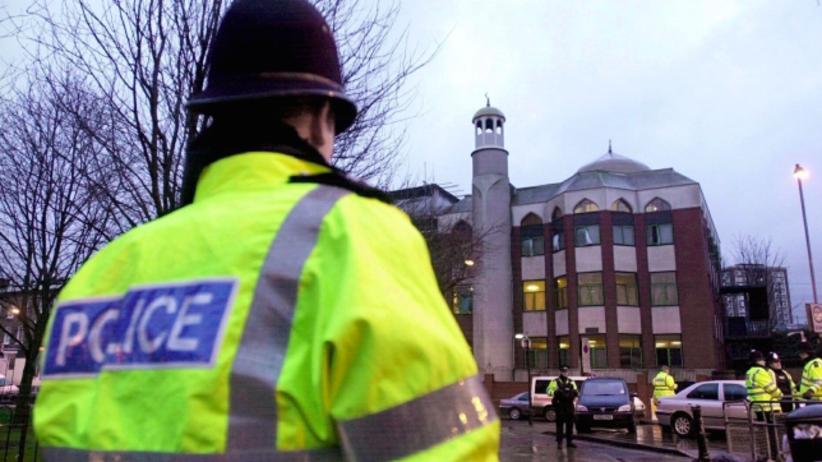Zamachowiec, który wjechał w grupę muzułmanów w Londynie nie był znany służbom