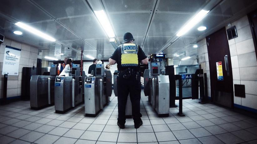 Zatrzymano 12 osób w związku z zamachem w Londynie. Wszyscy są już wolni, bez zarzutów