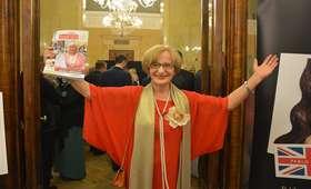 To ona skradła całe show podczas debaty warszawskiej. Kim jest Krystyna Krzekotowska?