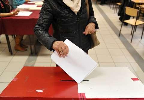 Wybory 2018. PiS prowadzi w sondażu dotyczącym sejmików wojewódzkich