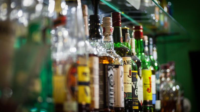 Polacy pokochali nowe alkohole. Jeden z nich ''piją głównie starsze panie''