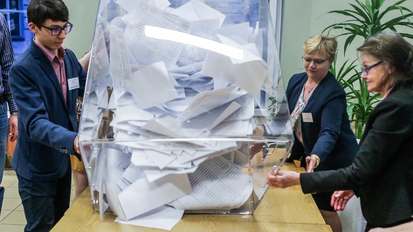 Europosłowie: mazowieckie. Kto dostał się do Parlamentu Europejskiego? [NAZWISKA]
