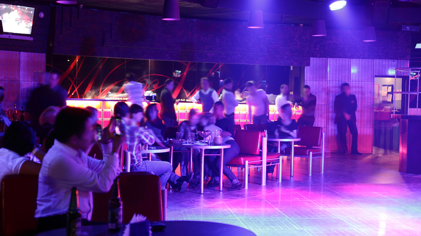 impreza w klubie