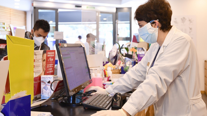 Hiszpania. Pół tysiąca pracowników aptek z koronawirusem, 11 nie żyje