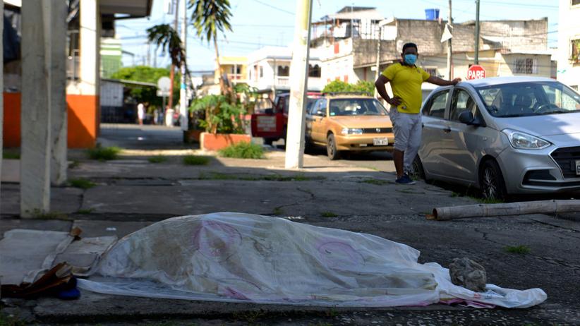 Koronawirus, Ekwador. Ciała zmarłych leżą na ulicach miasta Guayaquil ZDJĘCIA  - Wiadomości
