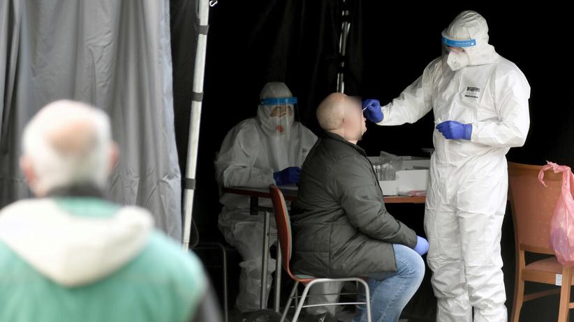 Testy przesiewowe na koronawirusa w 3 województwach