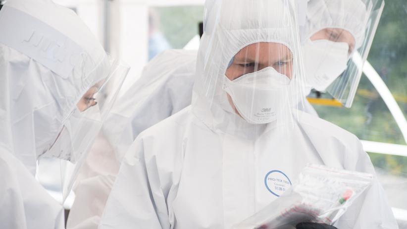 Koronawirus w Polsce. MZ zapowiadało 25 tys. testów dziennie, a dziś informuje o 8 tys