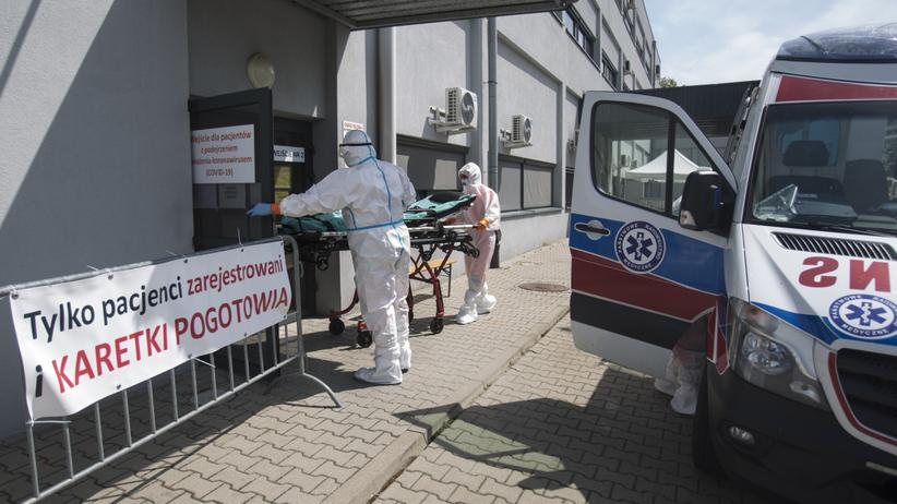Ponad 250 nowych zakażeń, 8 osób nie żyje. Większość zachorowań na Śląsku