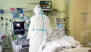 """Dlaczego liczba testów na COVID-19 spada? """"Pacjenci ukrywają objawy"""""""