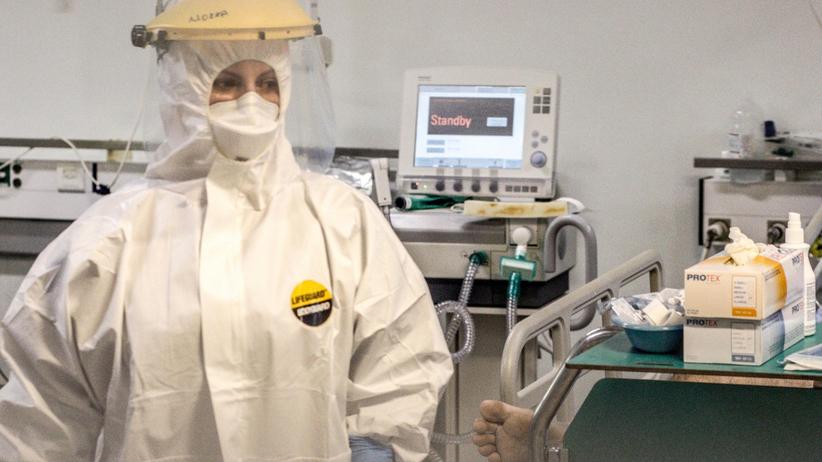 Koronawirus. Wysyłają polskich lekarzy do USA