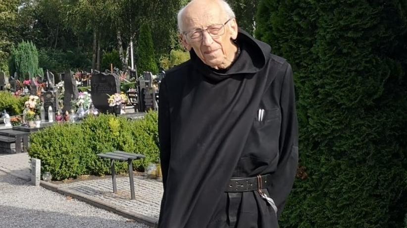 Leon Knabit Zaka U017cony Koronawirusem Duchowny Przebywa W