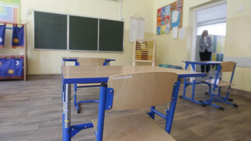 Szkoły zamknięte do stycznia 2021 r.