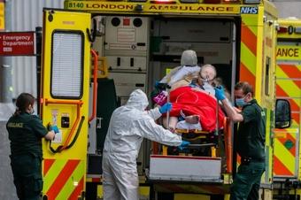 Wielka Brytania, Trudna sytuacja epidemiczna w Londynie