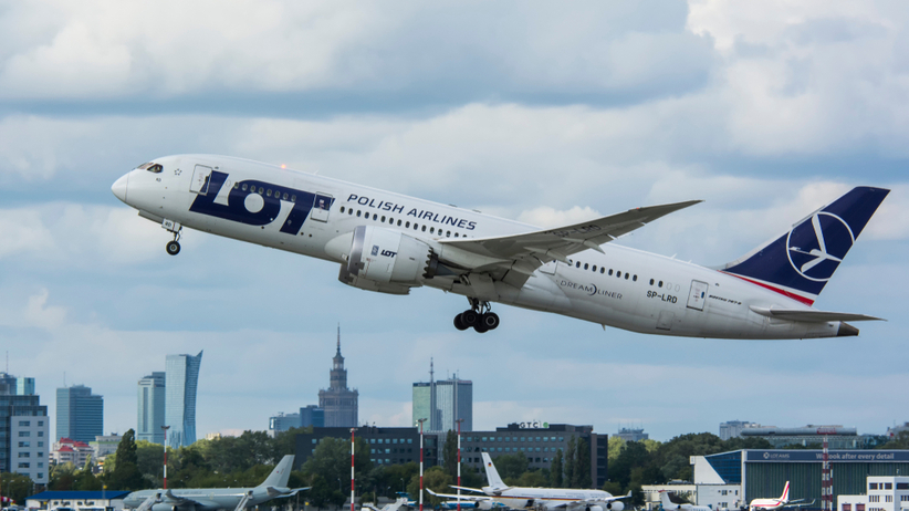 zakaz lotów polska