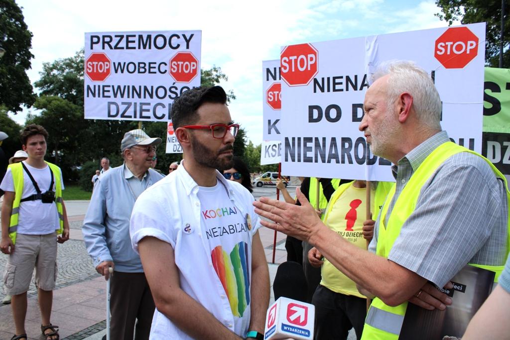 Manifestacja przeciw przemocy w Białymstoku