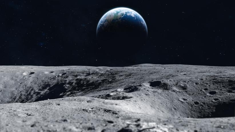 Ziemia ma nowy księżyc
