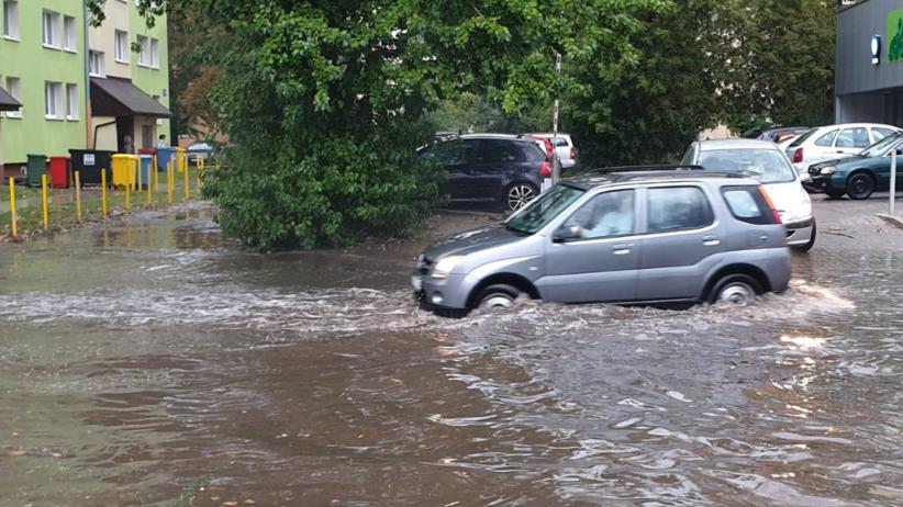 Burza w Łodzi. Po ulewie zamknięto zalany SOR w szpitalu Kopernika