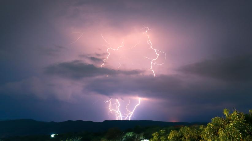 Gdzie jest burza. Alert pogodowy IMGW. Ostrzeżenie dla wszystkich województw