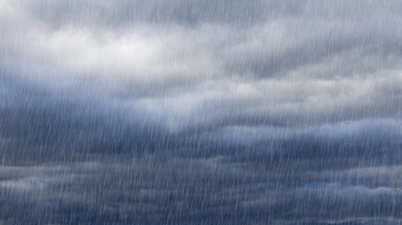 IMGW ostrzega przed ulewami i burzami. Mogą zagrażać życiu
