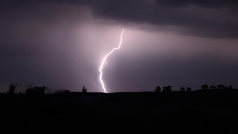 IMGW ostrzega. Przed nami gwałtowne burze i deszcze