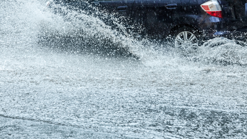 Potężna ulewa w Trójmieście. Ostrzeżenie IMGW dla 11 województw