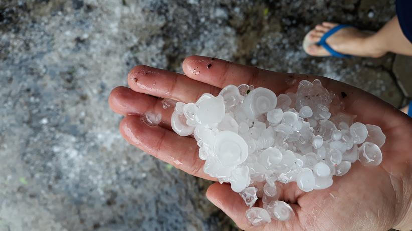 Alert Polskich Łowców Burz: Nadciągają groźne burze z gradem