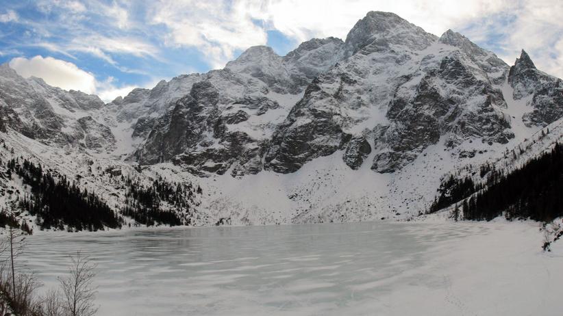 Pogoda. Zakopane i Tatry skute lodem. TOPR i TPN ostrzegają