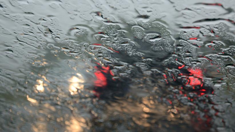 RCB ostrzega przed opadami deszczu