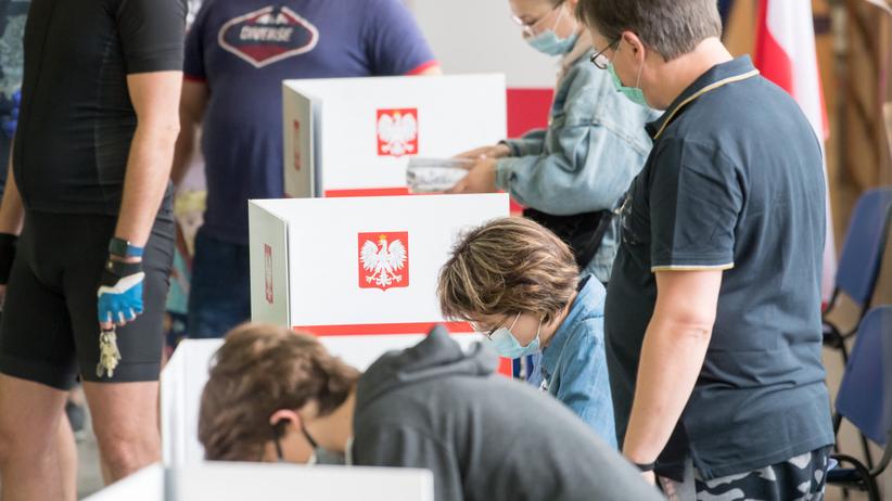Polacy głosują w wyborach prezydenckich